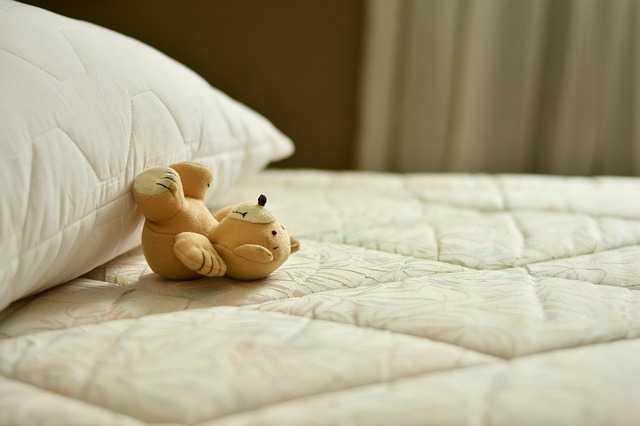 mattress and Pilow