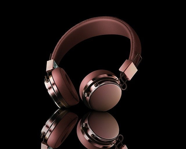 Gift Headphones to Girls